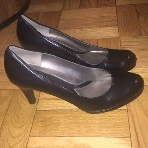 Naturalizer N5 Comfort Black Pumps
